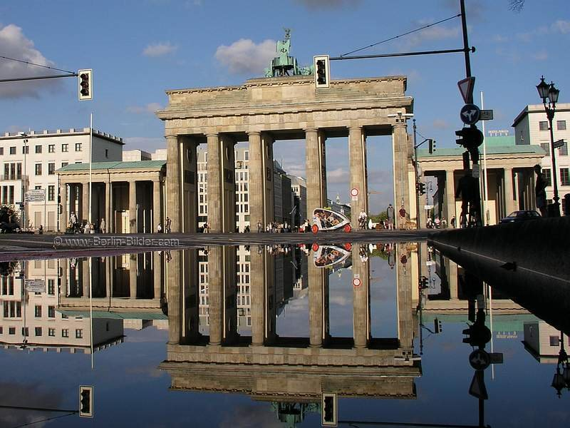 bilder vom brandenburger tor in berlin. Black Bedroom Furniture Sets. Home Design Ideas